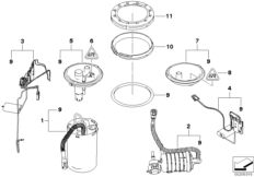 Fuel filter with pressure regulator