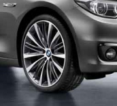 Gloss-turned light alloy rim 1